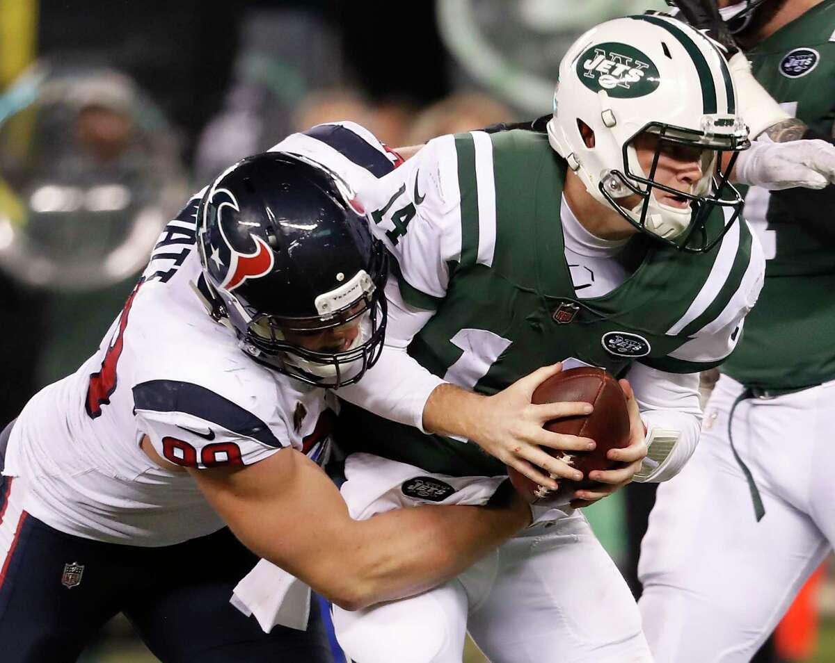 The Jets traded Sam Darnold to Carolina, which had shown interest in Deshaun Watson.