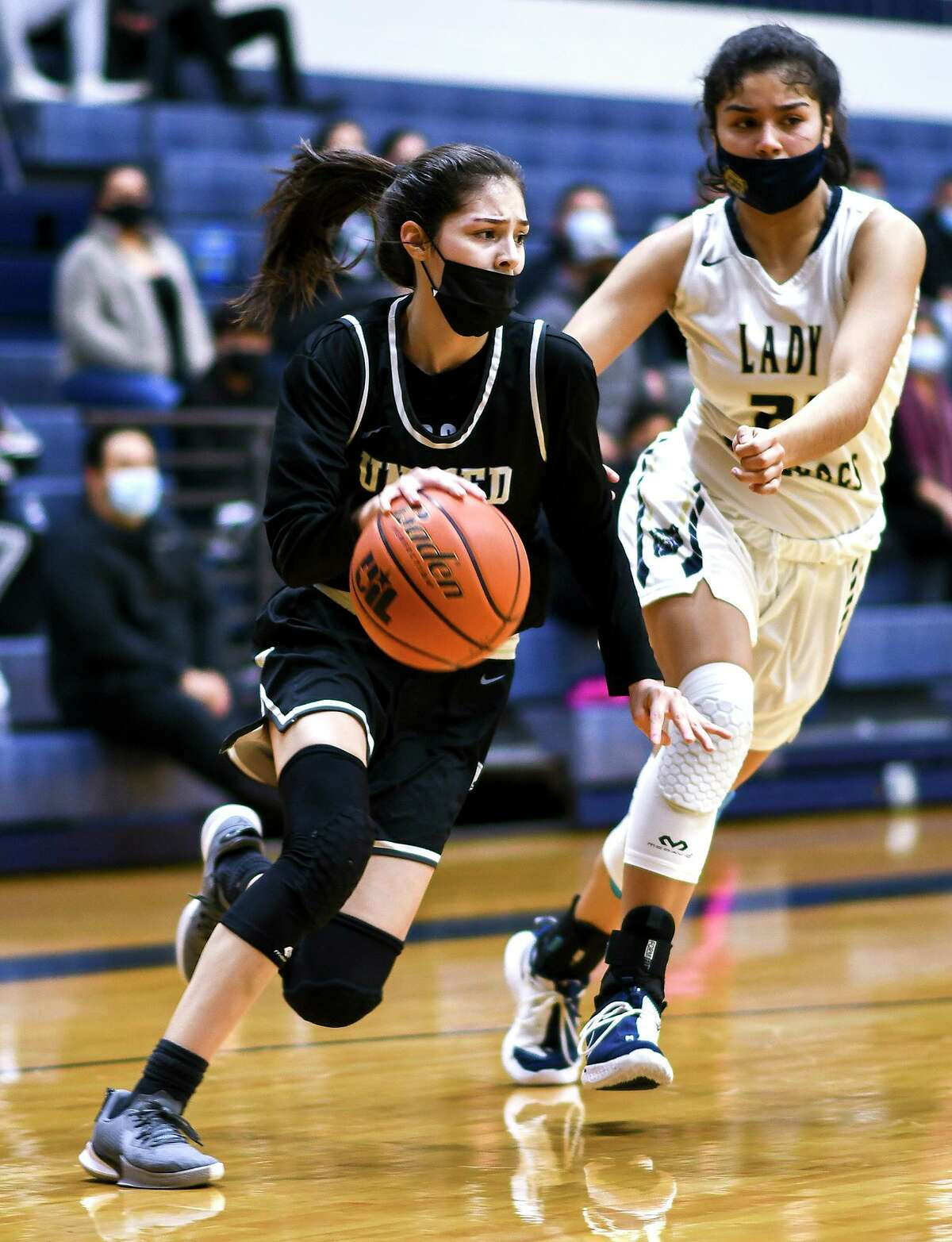 Bridgette Tello scored a game-high 20 points in United South's 61-52 win at Alexander.