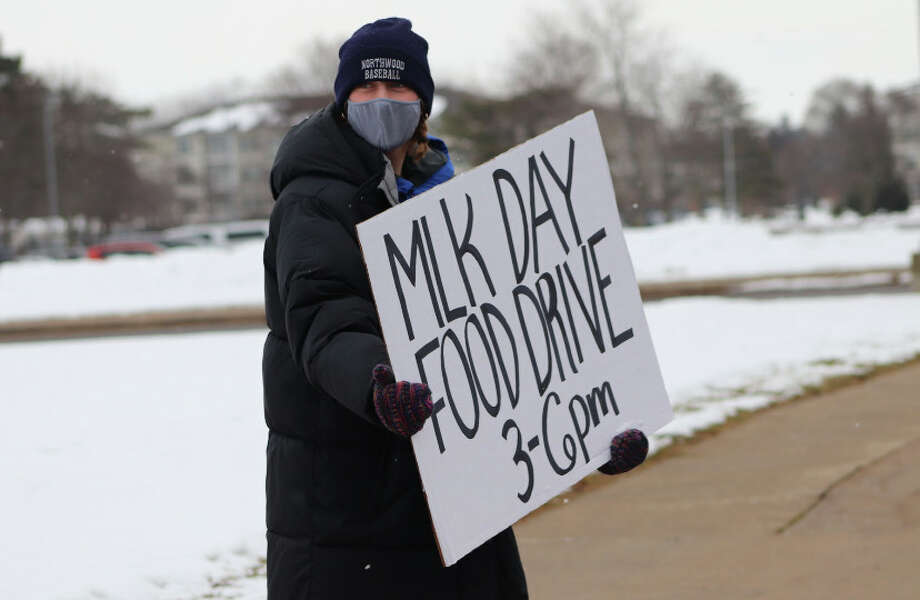 The Midland High School Student Council held a community food drive on Monday, Jan. 18 in honor of the Martin Luther King Jr. Day of Service. Food collected is being distributed to MHS families and to the Midland County Emergency Food Pantry Network. Photo: Lauren Revord