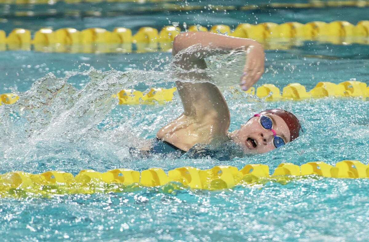 Lee High's Elizabeth Sites swims in the girls 200 yard freestyle 01/21/2021 at COM Aquatics. Tim Fischer/Reporter-Telegram
