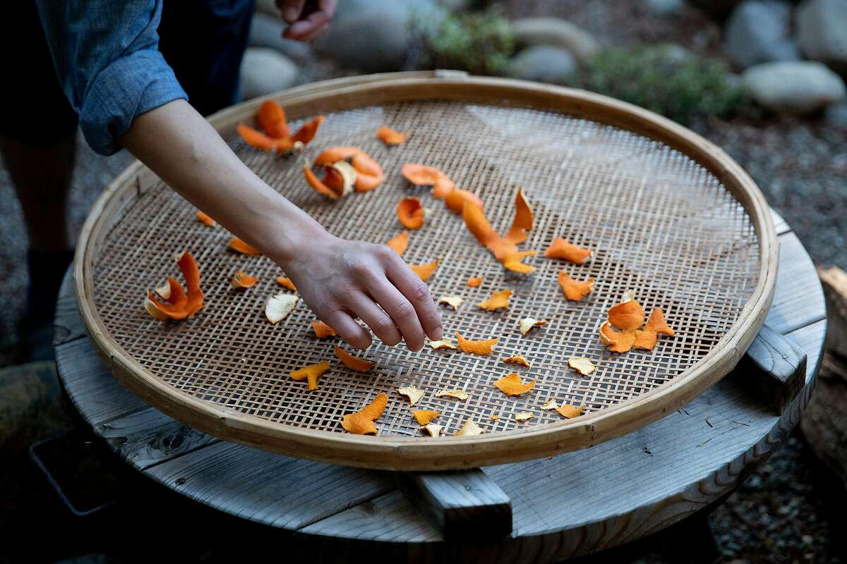 Known as chen pi, dried, aged citrus peels are used in Traditional Chinese Medicine to aid the digestive and respiratory systems in particular, and clearing phlegm. A warming ingredient, it may be used in cooking or steeped in herbal tea. Here, Adrian Chang organizes peels.