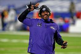 Baltimore Ravens wide receiver Dez Bryant warms up before an NFL divisional round football game against the Buffalo Bills Saturday, Jan. 16, 2021, in Orchard Park, N.Y. (AP Photo/John Munson)