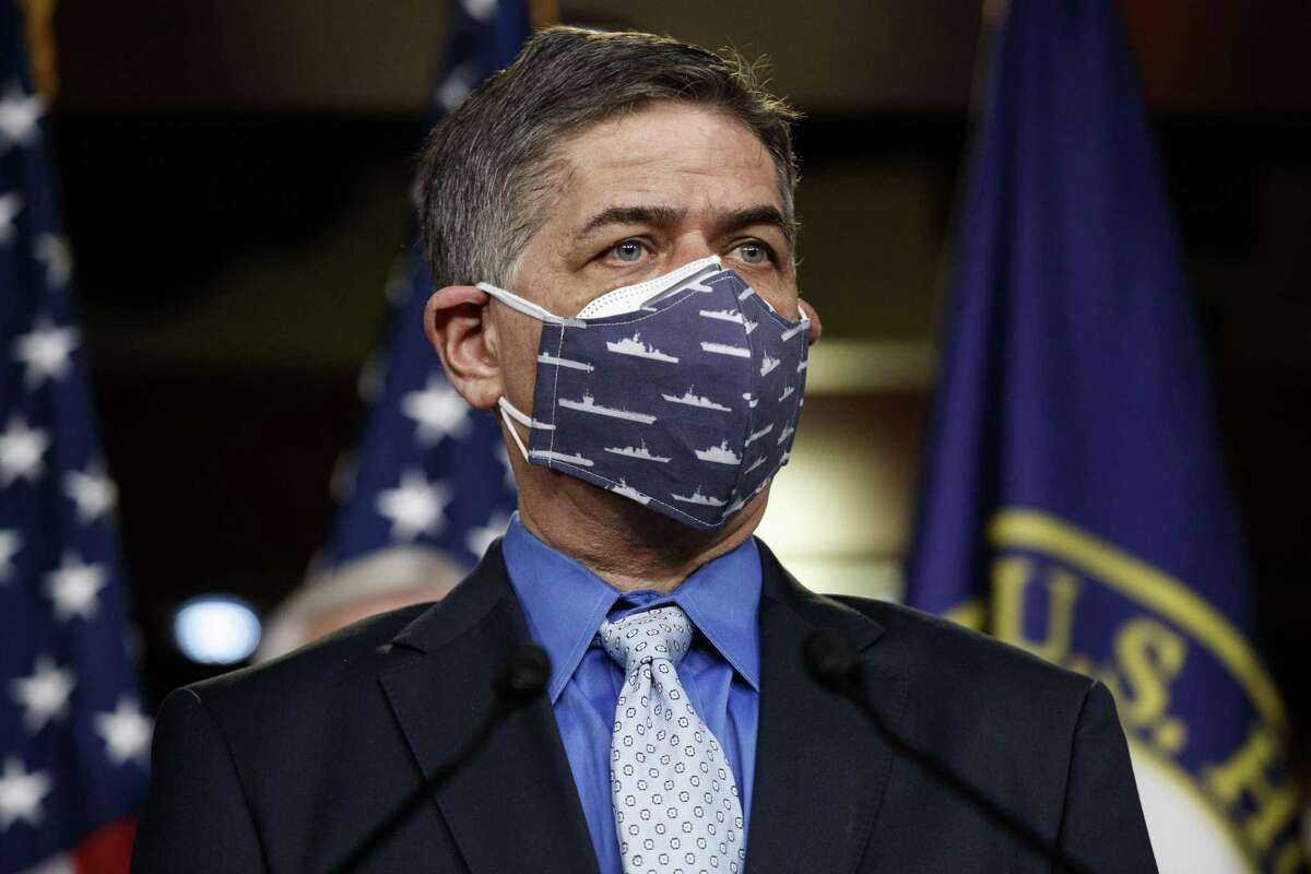 Representative Filemon Vela, a Democrat from Texas, wears a protective mask during a news conference in Washington, D.C., U.S., on Thursday, Dec. 24, 2020. House Republicans blocked Democrats' attempt to meet PresidentDonald Trump's demand to pay most Americans $2,000 to help weather the coronavirus pandemic. Photographer: Ting Shen/Bloomberg