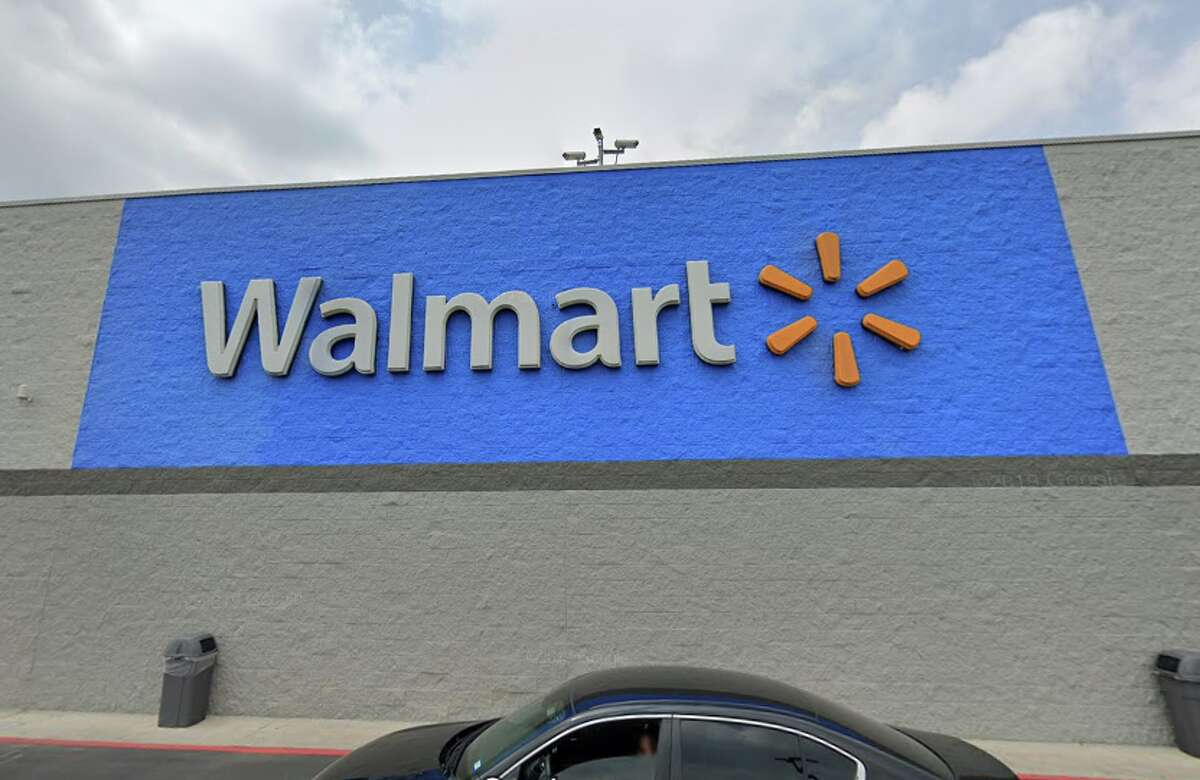 Baylor student Julia Lawrenz, an executive producer for the university's student-run broadcast news service LTVN, recently wrote why she believes Walmart is superior to H-E-B. And H-E-B die-hards, before you start getting the chancla, hear her out.