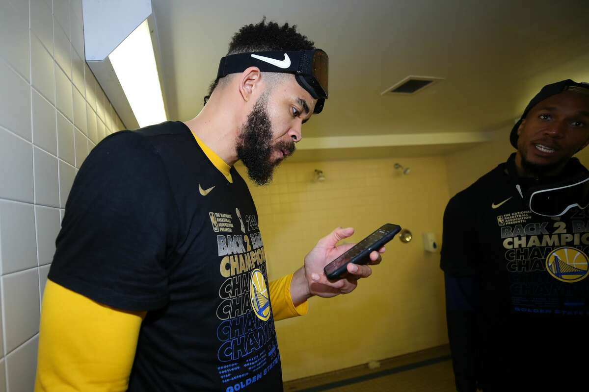 JaVale McGee of the Golden State Warriors celebrates after defeating the Cleveland Cavaliers during Game Four of the 2018 NBA Finals.