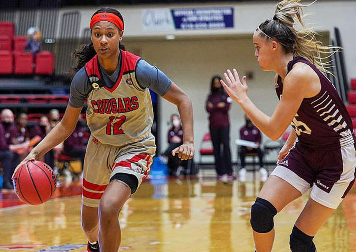 SIUE sophomore guard Mikayla Kinnard drives to the basket in a home game earlier this season inside First Community Arena.