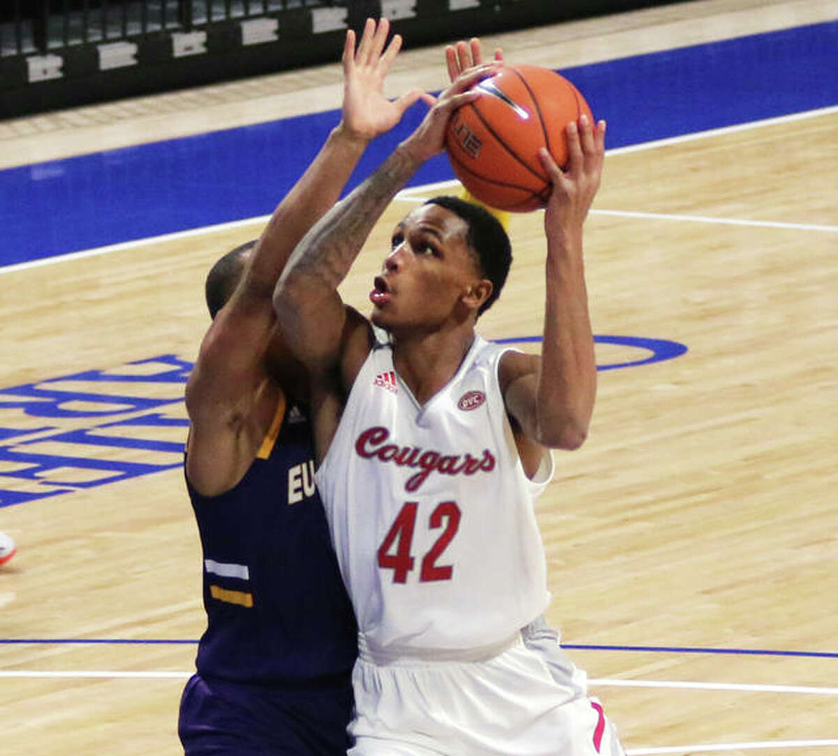 SIUE's Shamar Wright (42) goes to the basket against a UHSP defender in a Nov. 28 game at Chaifetz Arena in St. Louis. Wright had nine points Saturday in Nashville, where the Cougars lost to Belmont 114-62.
