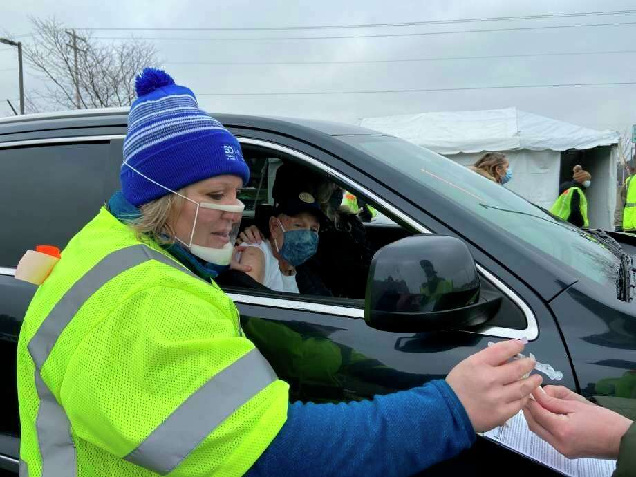 Munson Healthcare Manistee Hospital had its first drive-thru COVID-19 vaccine clinic on Jan. 14. (File photo)