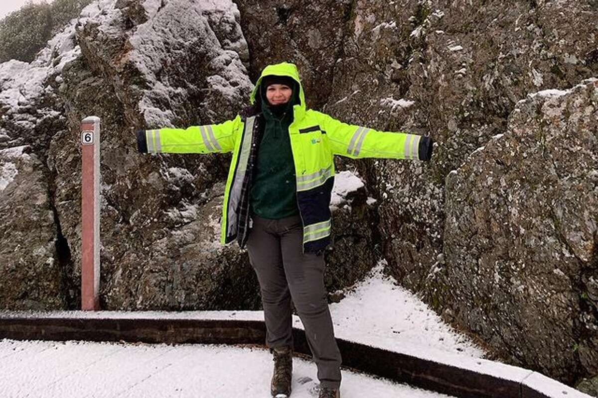 @ofmice_and_maria shared photos of the snowfall on top of Mount Diablo on Sunday, Jan 24, 2021.
