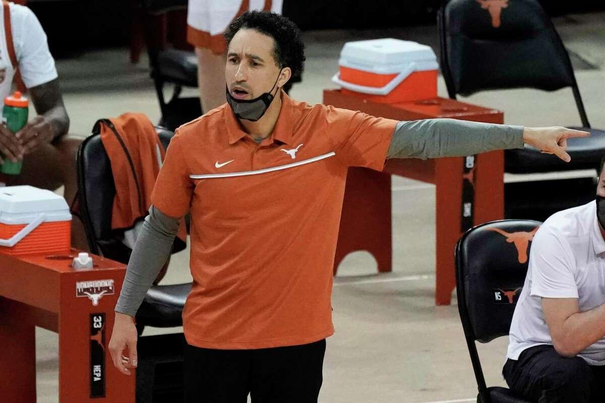 Texas head coach Shaka Smart directs his team against Kansas State during the first half of an NCAA college basketball game in Austin, Texas, Sunday, Jan. 17, 2021. (AP Photo/Chuck Burton)