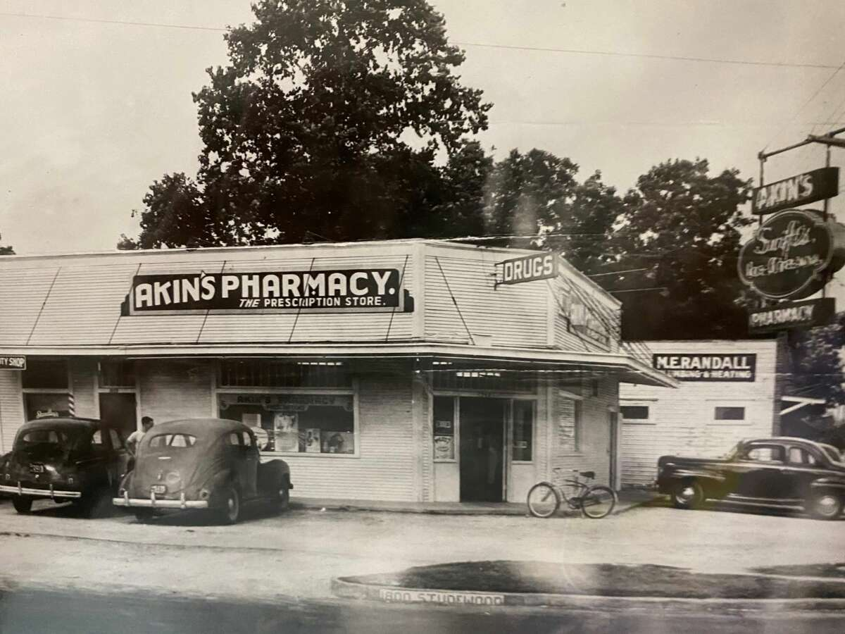 Akins Pharmacy operated at 742 E. 20th in the Heights for years. The property was purchased by Wolf Capital Partners for a retail redevelopment.