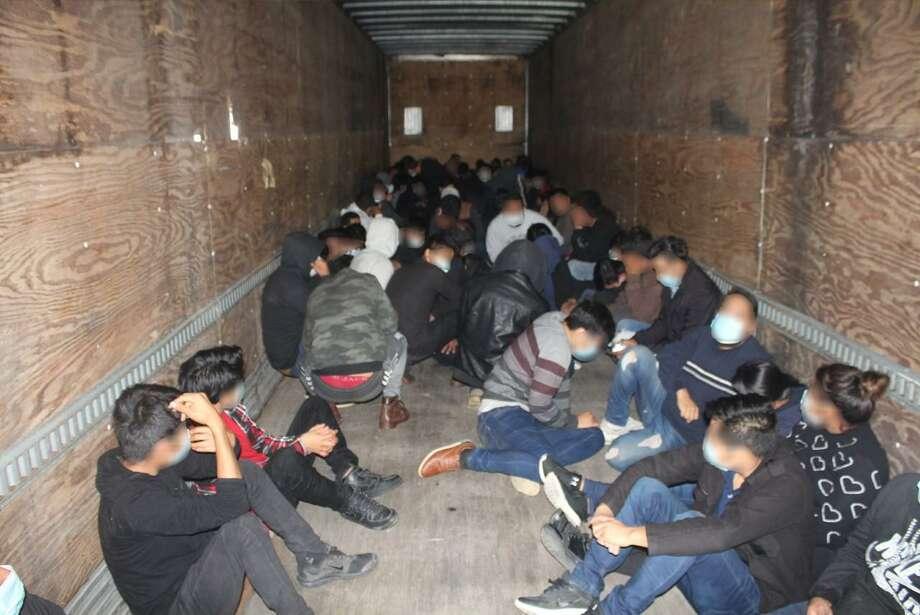Un total de 172 personas indocumentadas fueron arrestadas por agentes de la Patrulla Fronteriza cuando interceptaron diversos intentos de contrabando humano en un periodo de 72 horas. Photo: Foto De Cortesía /CBP