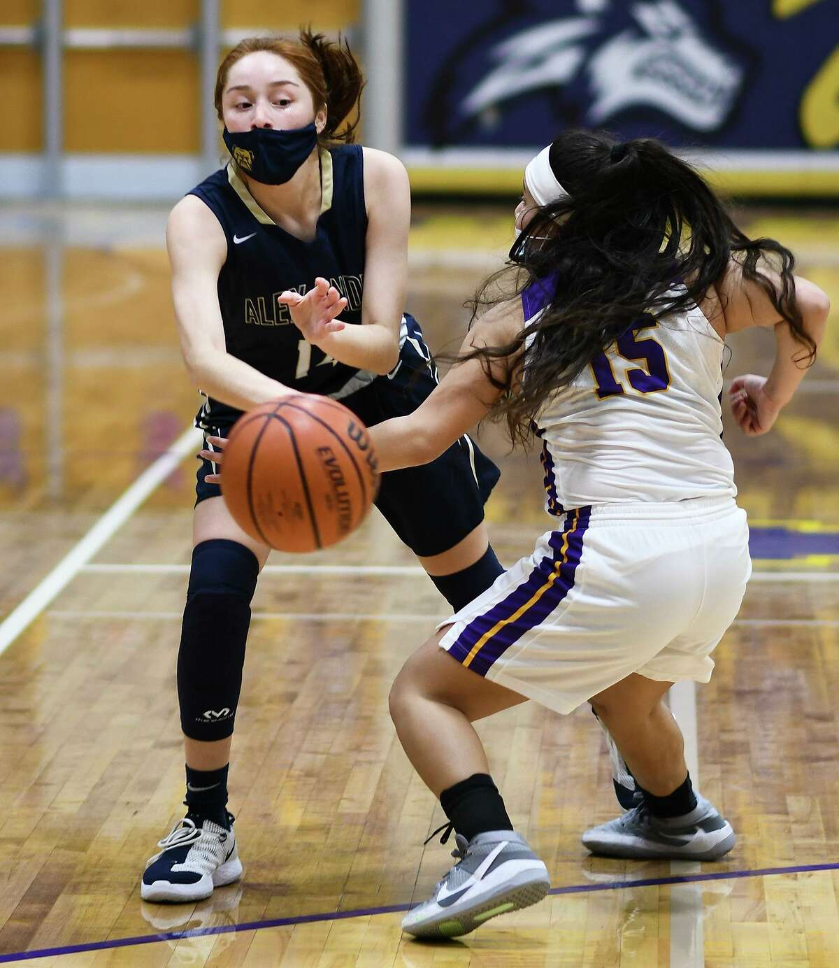 Alexia Barrera and Alexander won 80-34 Tuesday at LBJ to snap a two-game losing streak. The Lady Bulldogs improved to 2-2 in District 30-6A and 11-3 overall.