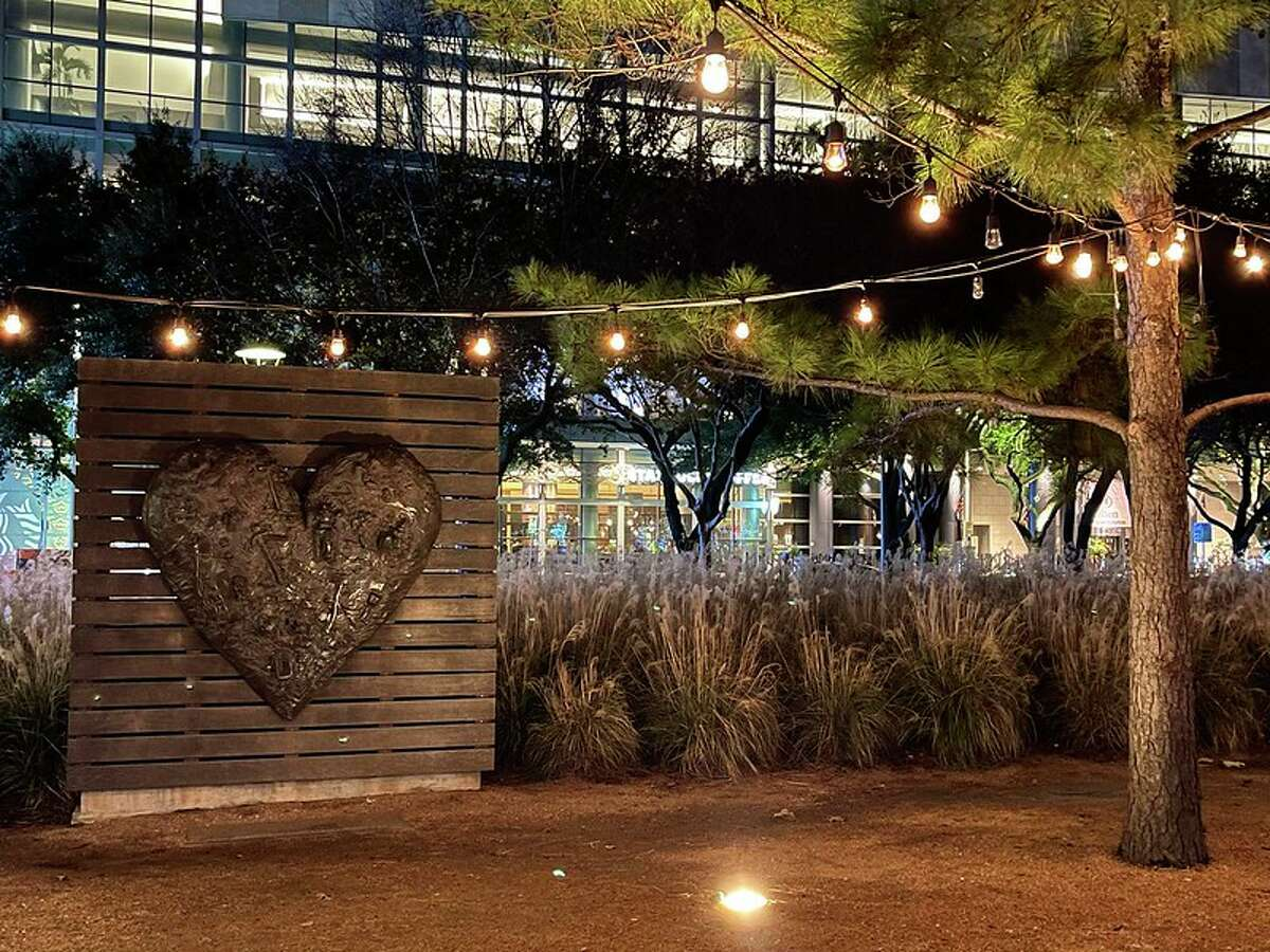1. Have a fun photoshoot Love is in the air, and Discovery Green is launching its first-ever LOVE IS @ Discovery Green Fundraiser just in time for Valentine's Day.