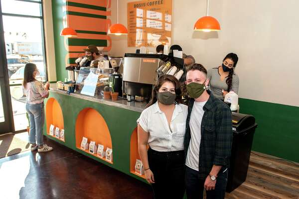 Rochelle Mota and Billy Hrncir pose for a feature photo of Dosis Coffee, Friday, Jan. 22, 2021.