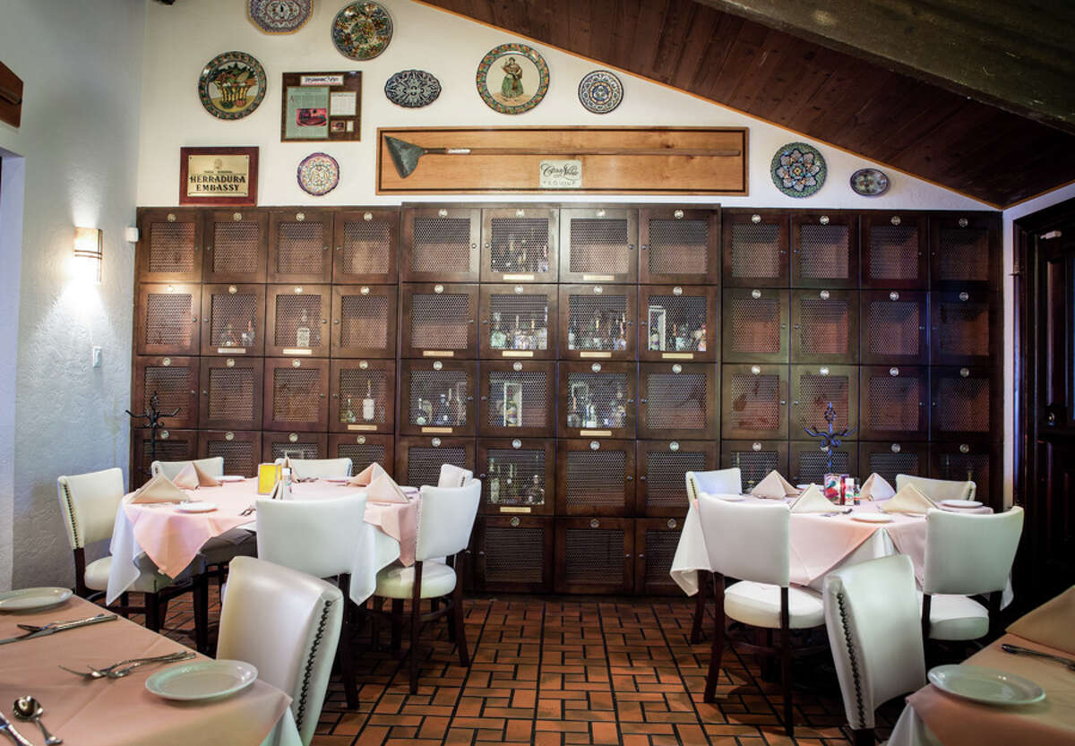 Pico's Tequila Room allows guests to design their own menu or have carving stations set up in the private area.