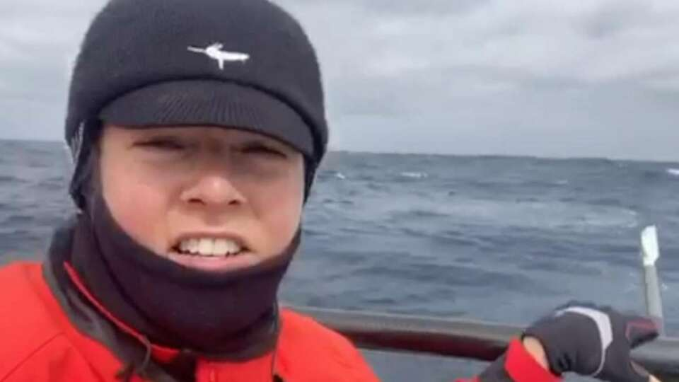 'I wake up, I row': Inside one woman's grueling bid to row to Hawaii alone