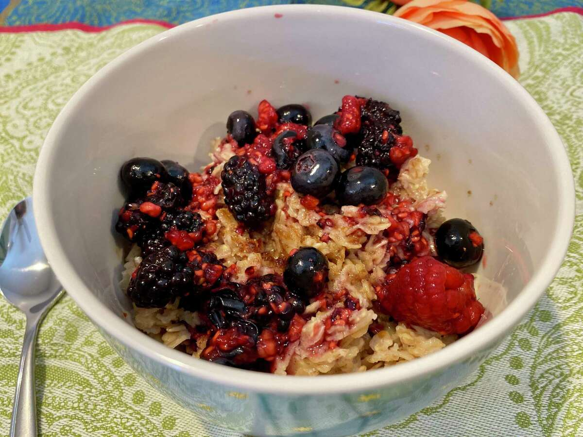 Mixed berry oatmeal shakes up your dreary breakfast routine.