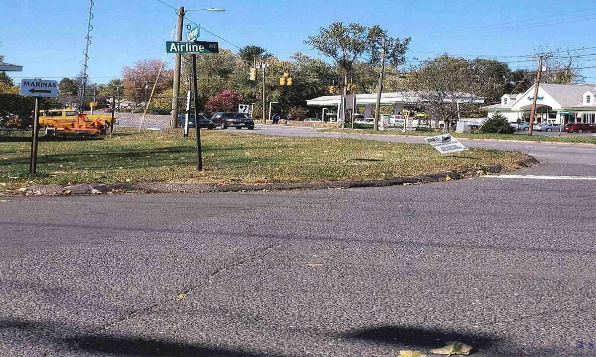 """An image from the Portland """"Fill-in-the-Gaps to Route 17/66; Safe Sidewalks to Schools, Businesses & Transit Routes."""" This shows Airline Avenue, which is targeted for a sidewalk."""