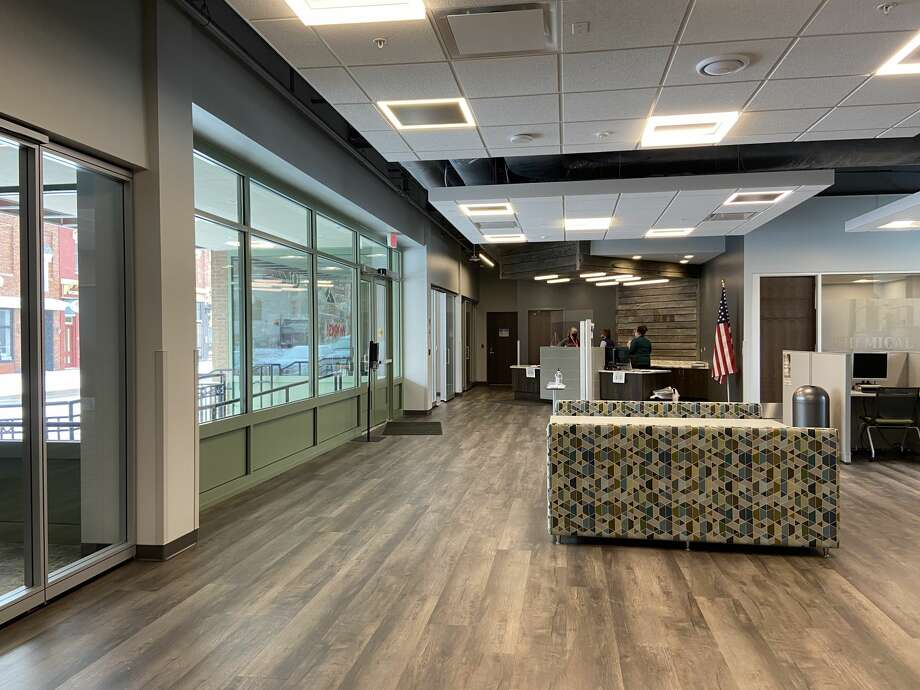 The Manistee Area Chamber of Commerce, Manistee County Veterans Affairs Office and Networks Northwest (Michigan Works) moved into their new location at 400 River St. earlier this month. Photo: Erin Glynn/News Advocate