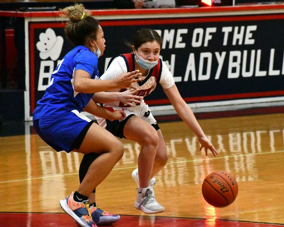 The 21st-ranked Plainview Lady Bulldogs suffered a 54-47 loss to Amarillo Palo Duro on Tuesday night in the Dog House. Photo: Nathan Giese/Planview Herald