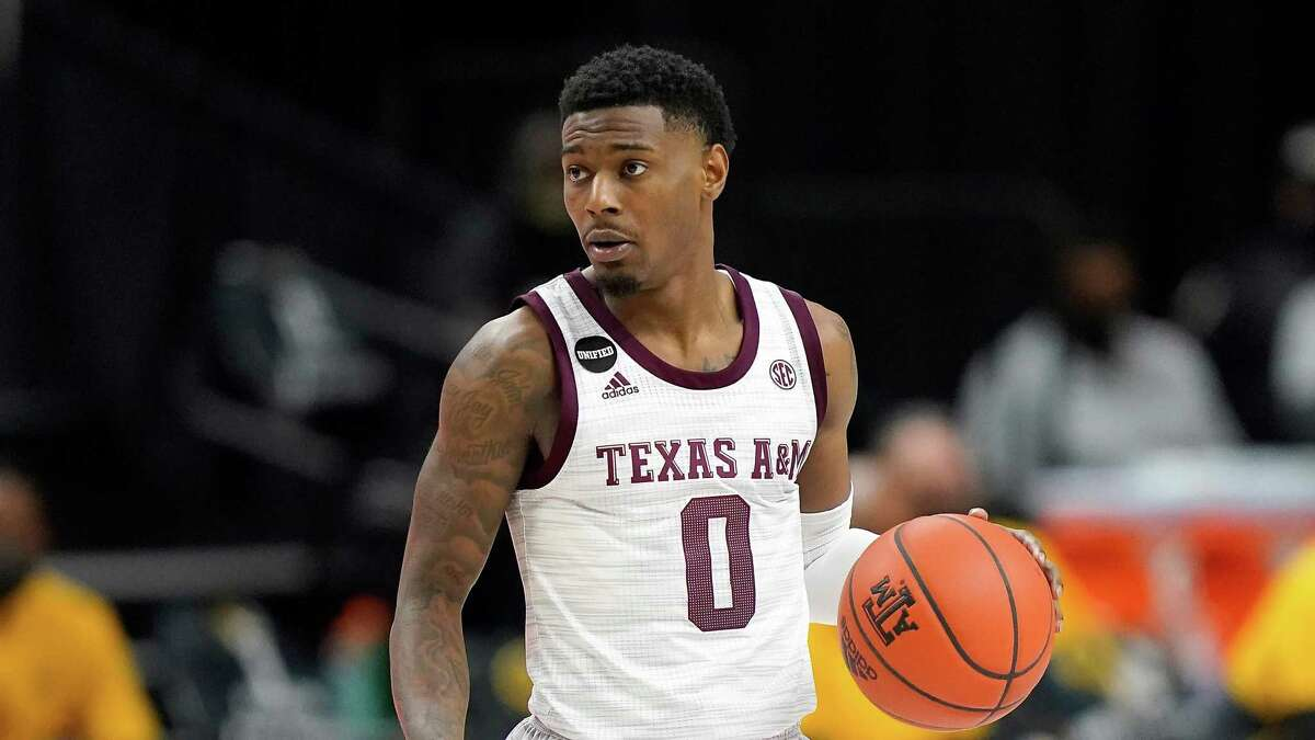 Texas A&M senior guard Jay Jay Chandler scored 21 points Tuesday but couldn't keep the Aggies from their third consecutive home loss.