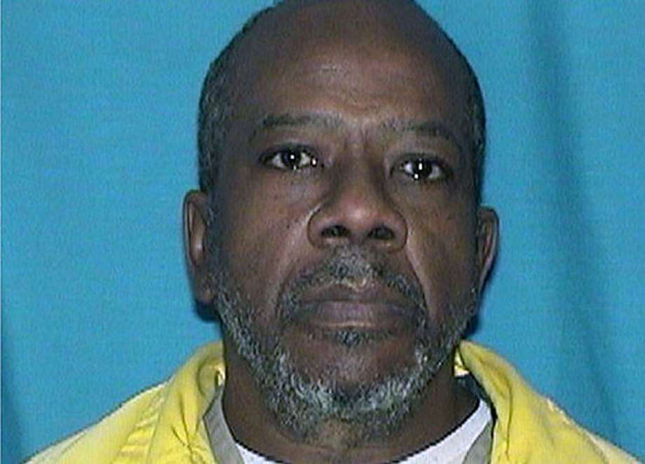 The three former correction officers facing federal charges in connection with the death of Larry Earvin (pictured) at a Mount Sterling prison in 2018 still do not have a trial date. Photo: File Photo
