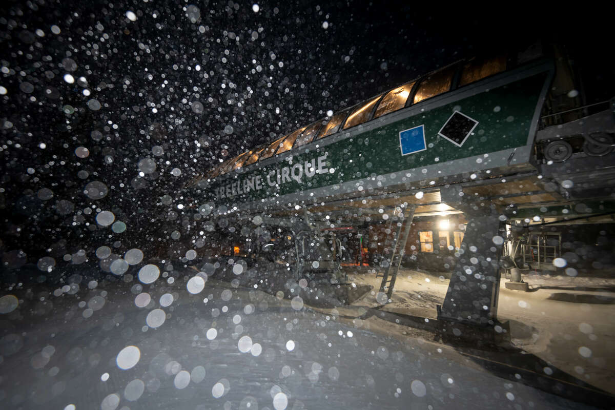 Between 8 and 14 inches fell overnight at Squaw Valley and Alpine Meadows ski resorts. The snow is expected to continue until early Friday morning.