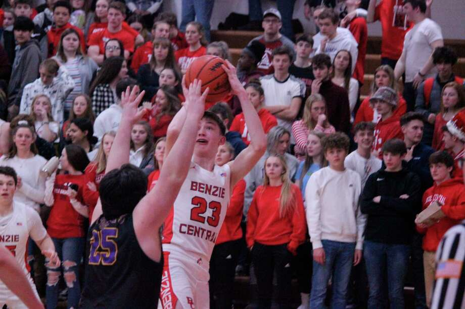Currently, competitions and contact practices for winter sports are banned by the MDHHS through Feb. 21, but the MHSAA is not giving up on having a winter sports season. (Record Patriot file photo)