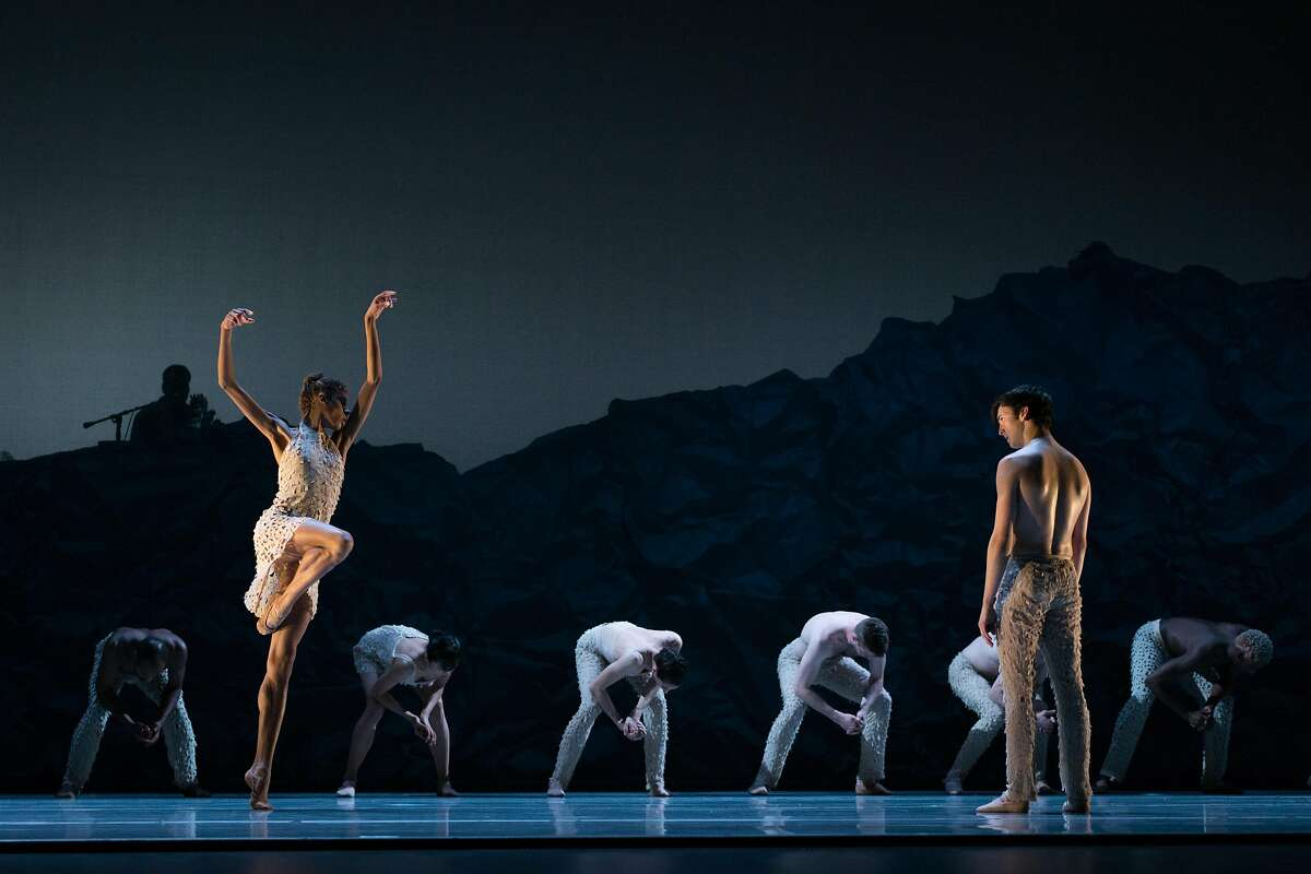 Dress rehearsal for the world premiere of Alonzo King LINES Ballet 35th Anniversary at YBCA Theater in San Francisco in 2018