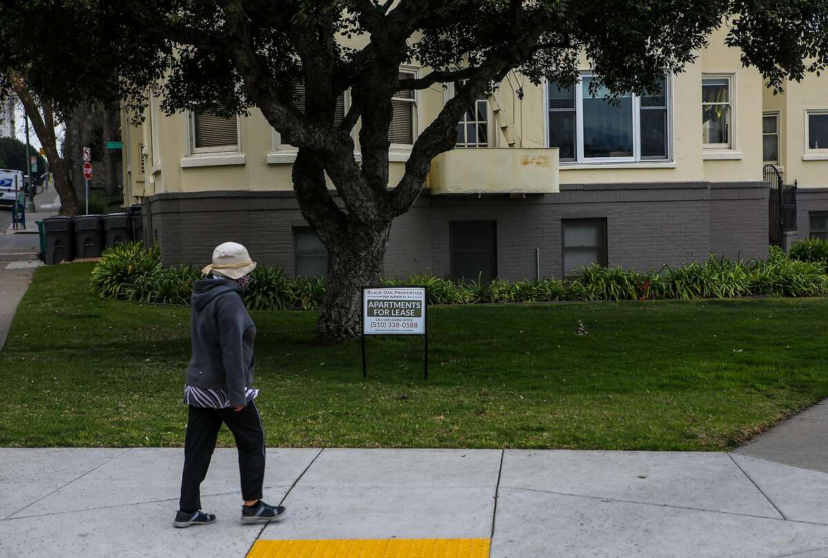 Black Oak Properties advertises apartments for lease at 1906 Jackson St. on Tuesday, January 12, 2021, in Oakland, Calif.