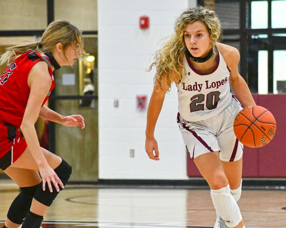 Chanie Chambers and the Abernathy Lady Lopes are fighting for their playoff lives during the final three games of the regular season. Photo: Nathan Giese/Planview Herald