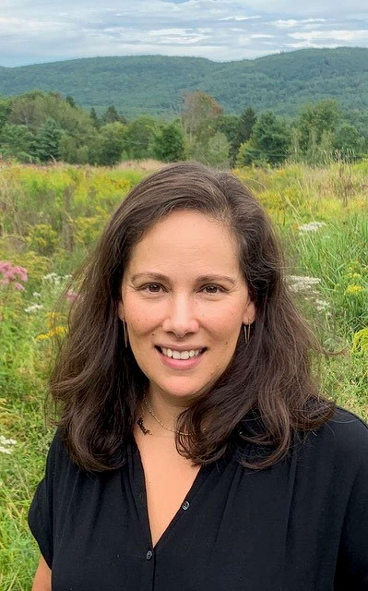 Real estate agent Jennifer Sesma