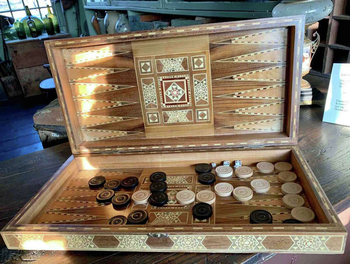 Inlaid Backgammon set