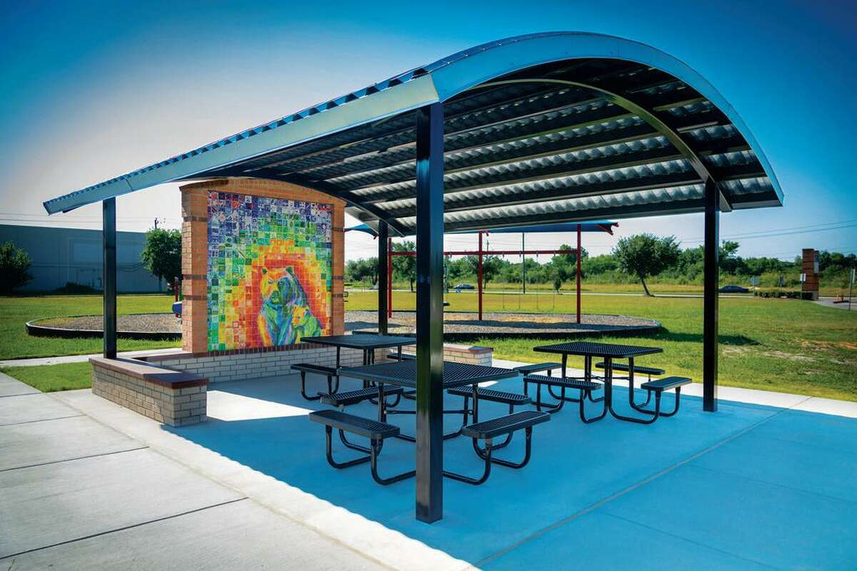 Art teacher Lydia Tye and her students at Horn Elementary School in Alief ISD created the artwork in greenspace at the school.
