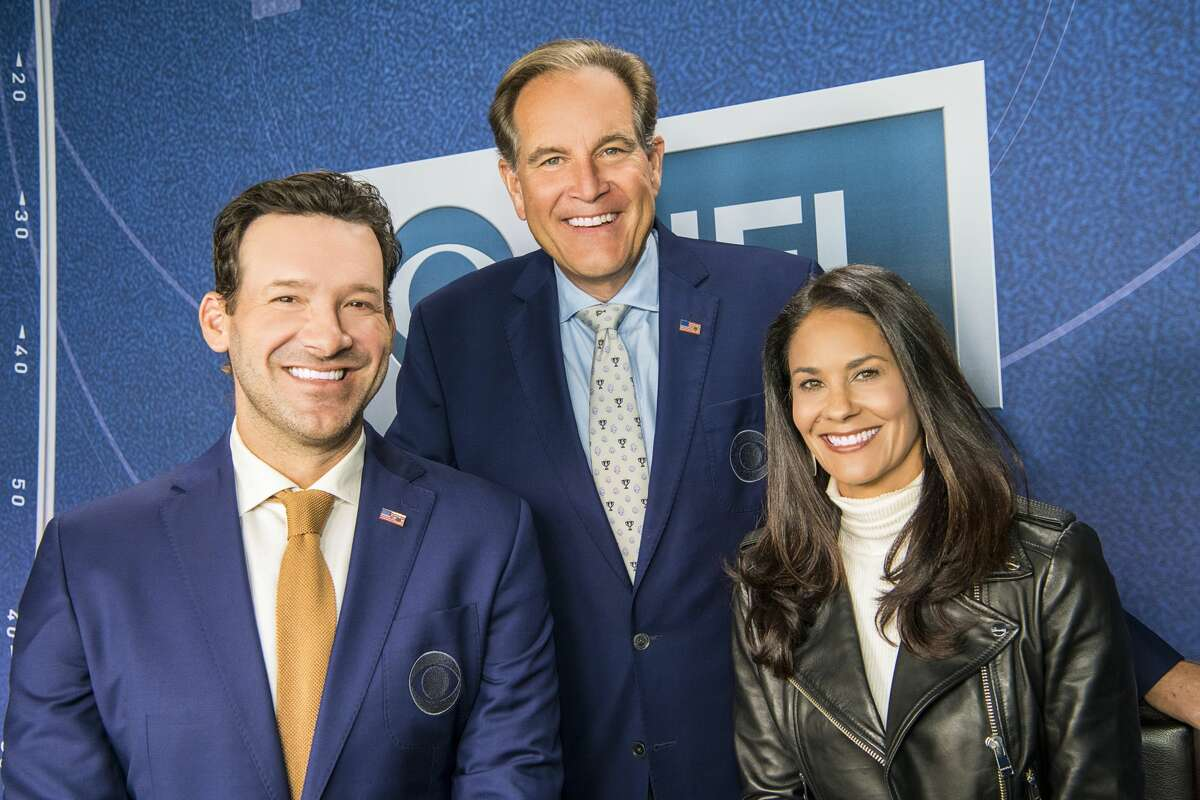 The CBS team of (from left) analyst Tony Romo, play-by-play announcer Jim Nantz and reporter Tracy Wolfson will call their second Super Bowl together on Sunday, Feb. 7, 2021. Photo Cr.: David Needleman/CBS ©2017 CBS Broadcasting Inc. All Rights Reserved