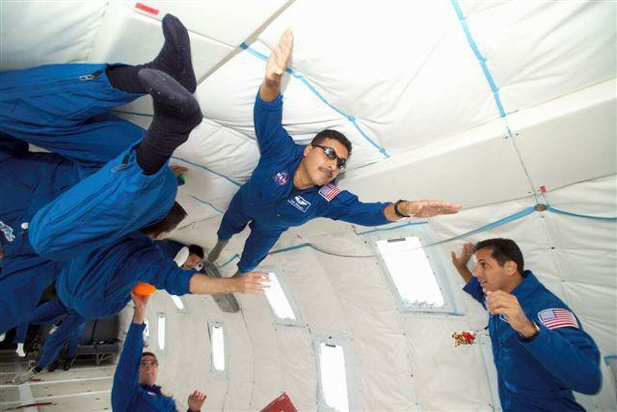 El astronauta de la NASA José Hernández.