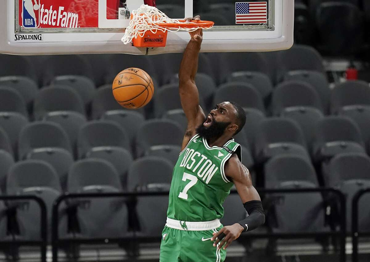 Cal alum Jaylen Brown and the Celtics take on the Warriors at Chase Center at 7 p.m. Tuesday (TNT/95.7).