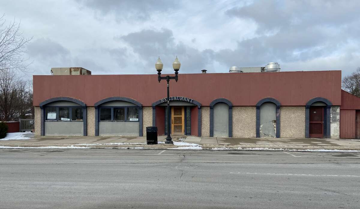 Ted Fricano plans to open a new restaurant at 440 River St. that will serve pizza and other Italian food and also host Friday fish fries.