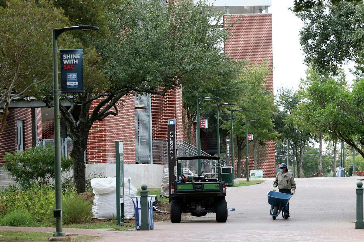 San Antonio College has been designated one of the country's five regional hubs for a National Security Agency program.
