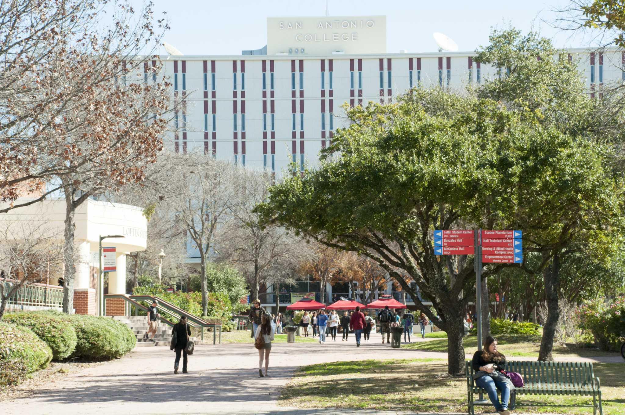 Pokok jurnalisme mahasiswa San Antonio mencapai titik henti