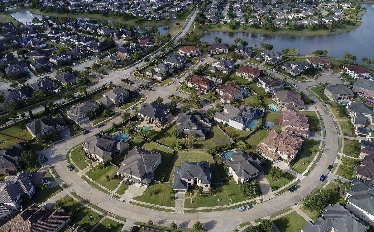 3. Pearland Population: 126,206 Public Safety Ranking: 7 Financial Safety Ranking: 4