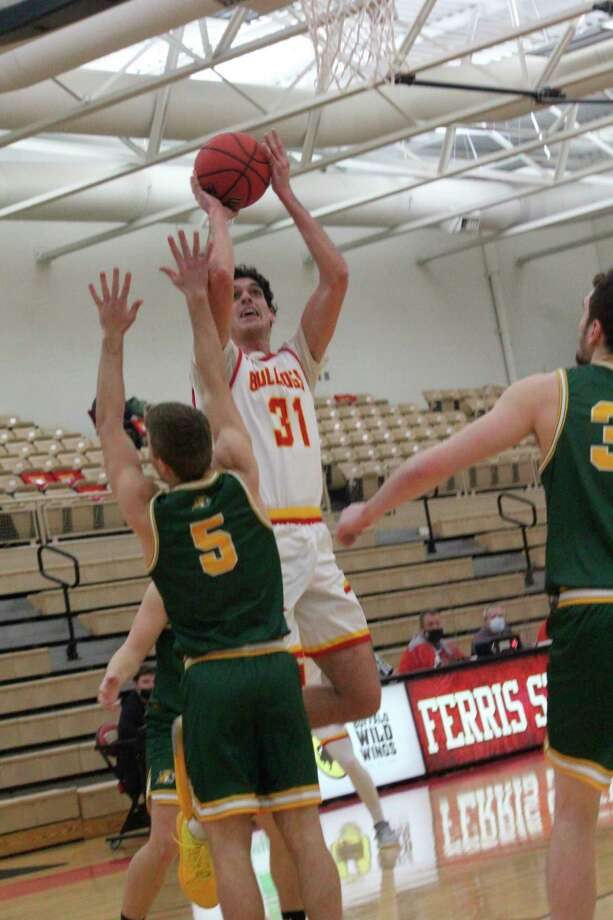 Michael Peterson (31) has been among Ferris' top scorers this season. (Pioneer photo/John Raffel)