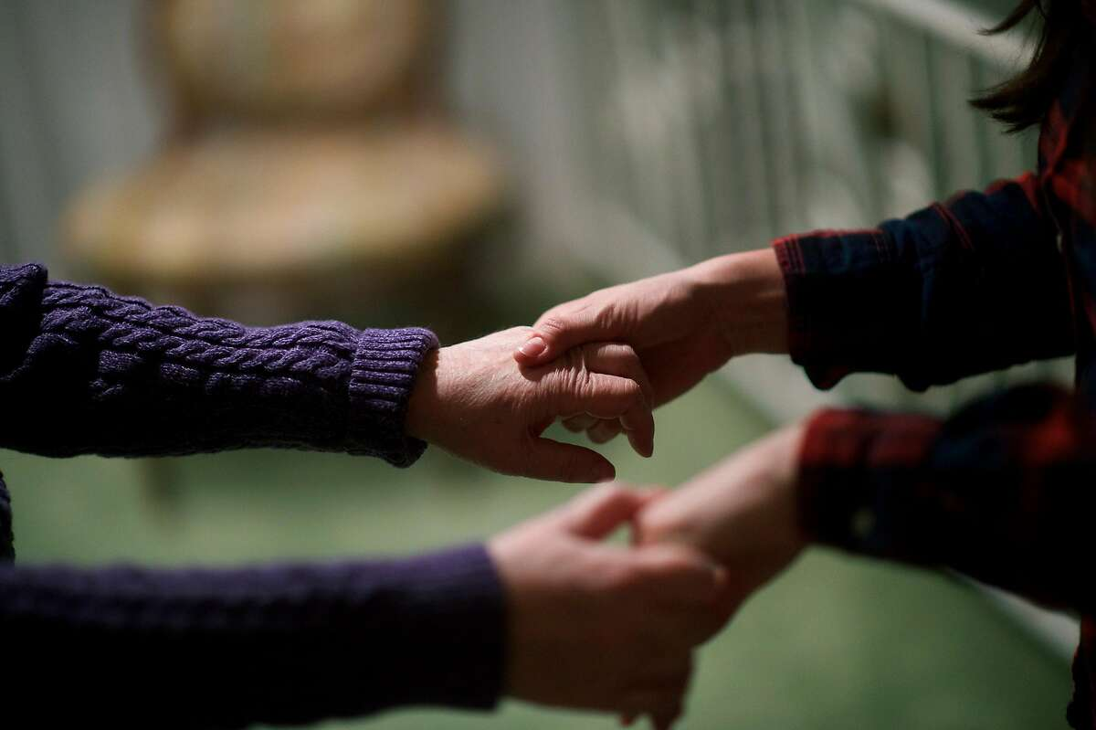 The pandemic has complicated the challenges for caregivers of people with dementia.