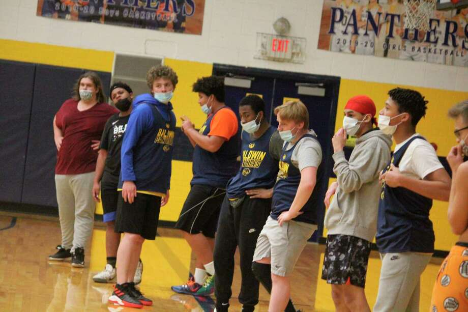 Baldwin boys basketball players are hoping to start their season sometime this month. (Star file photo)