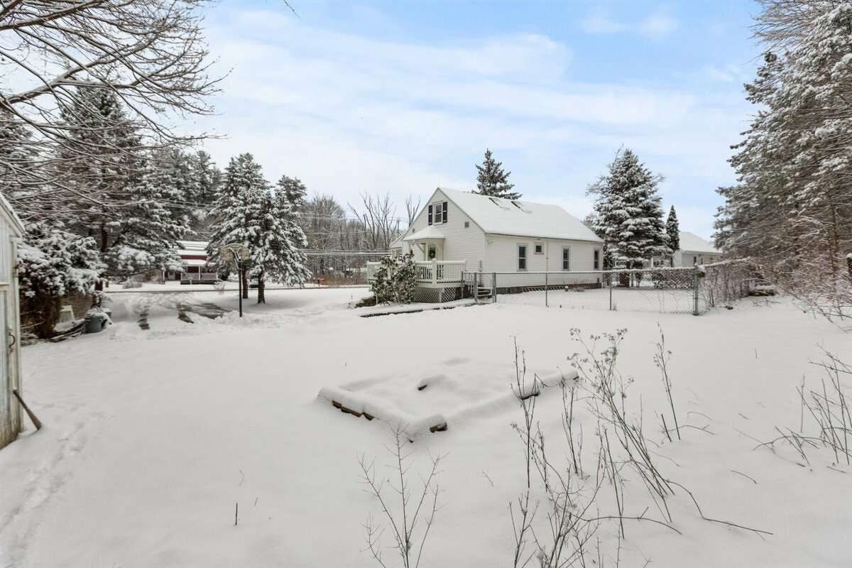 A sweet bungalow along County Route 130. Built in 1938, a thoughtful update blends contemporary and original finishes. Open layout with a stone fireplace. Two bedrooms, including the primary bedroom are on the first floor and a large second-story room set up as a bedroom with two skylights in the ceiling. Other highlights include a finished, walk-out basement, a front porch and a back deck. Taxes: $5,177. List price: $250,000. Contact owner/listing agent Morgan Stritsman of Hunt Real Estate ERA at 518-859-0467 for a showing. https://realestate.timesunion.com/listings/1629-Spring-Av-Ext-Poestenkill-NY-12198-MLS-202111403/48722247