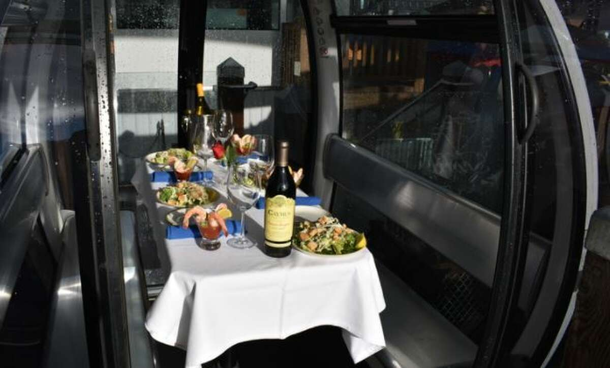 Seattle Great Wheel is launching a four-course meal service.