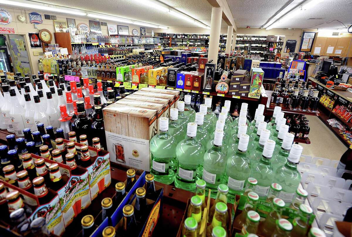 Supermarkets in Connecticut would be able to sell wine under legislation that was the focus of a public hearing in the General Assembly on Thursday.