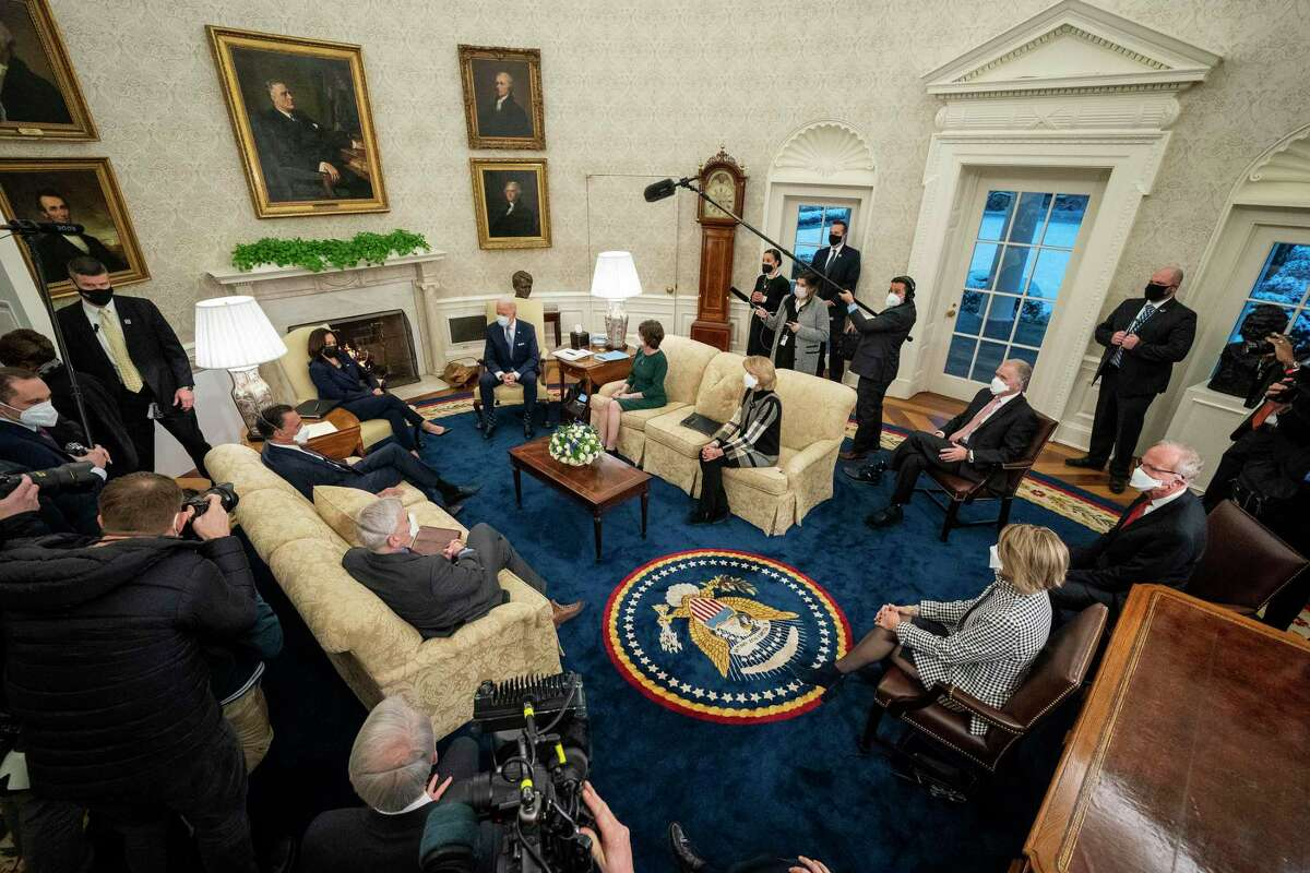 U.S. President Joe Biden (Center R) and Vice President Kamala Harris (Center L) meet with 10 Republican senators, including Mitt Romney (R-UT), Bill Cassidy (R-LA), Susan Collins (R-ME), Lisa Murkowski (R-AK), Thom Tillis (R-NC), Jerry Moran (R-KS), Shelley Moore Capito (R-WV) and others, in the Oval Office at the White House February 01, 2021 in Washington, DC. The senators requested a meeting with Biden to propose a scaled-back $618 billion stimulus plan in response to the $1.9 trillion coronavirus relief package Biden is currently pushing in Congress.