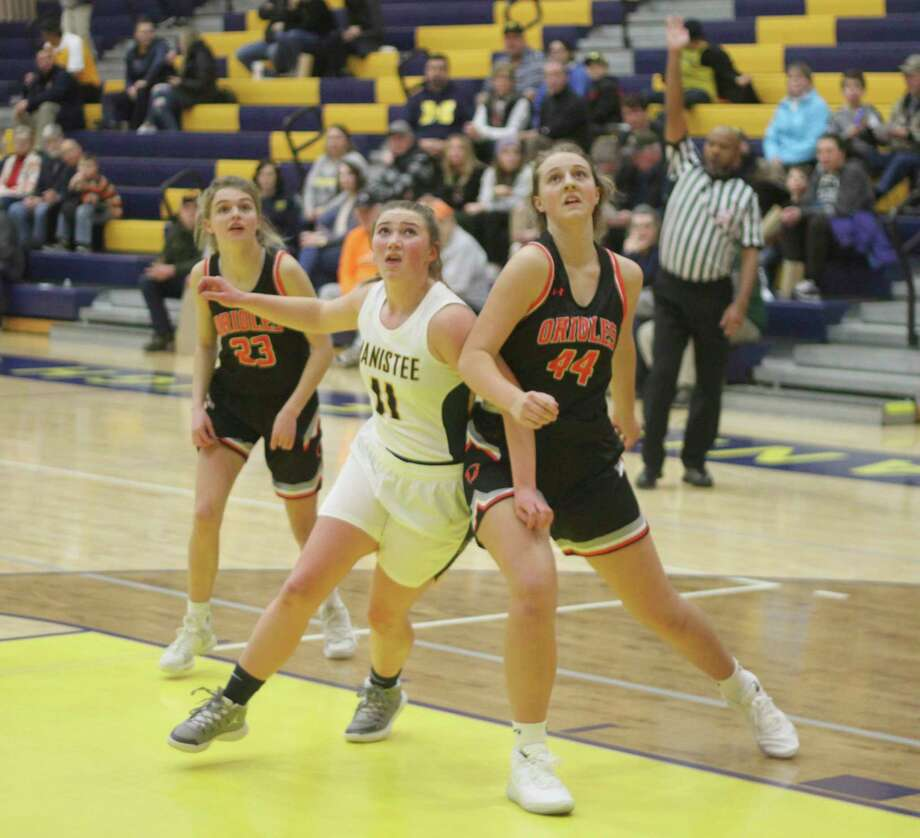 The Michigan Department of Health and Human Services (MDHHS) updated its epidemic order to allow contact sports toproceed in full starting Monday, Feb. 8. (News Advocate file photo)